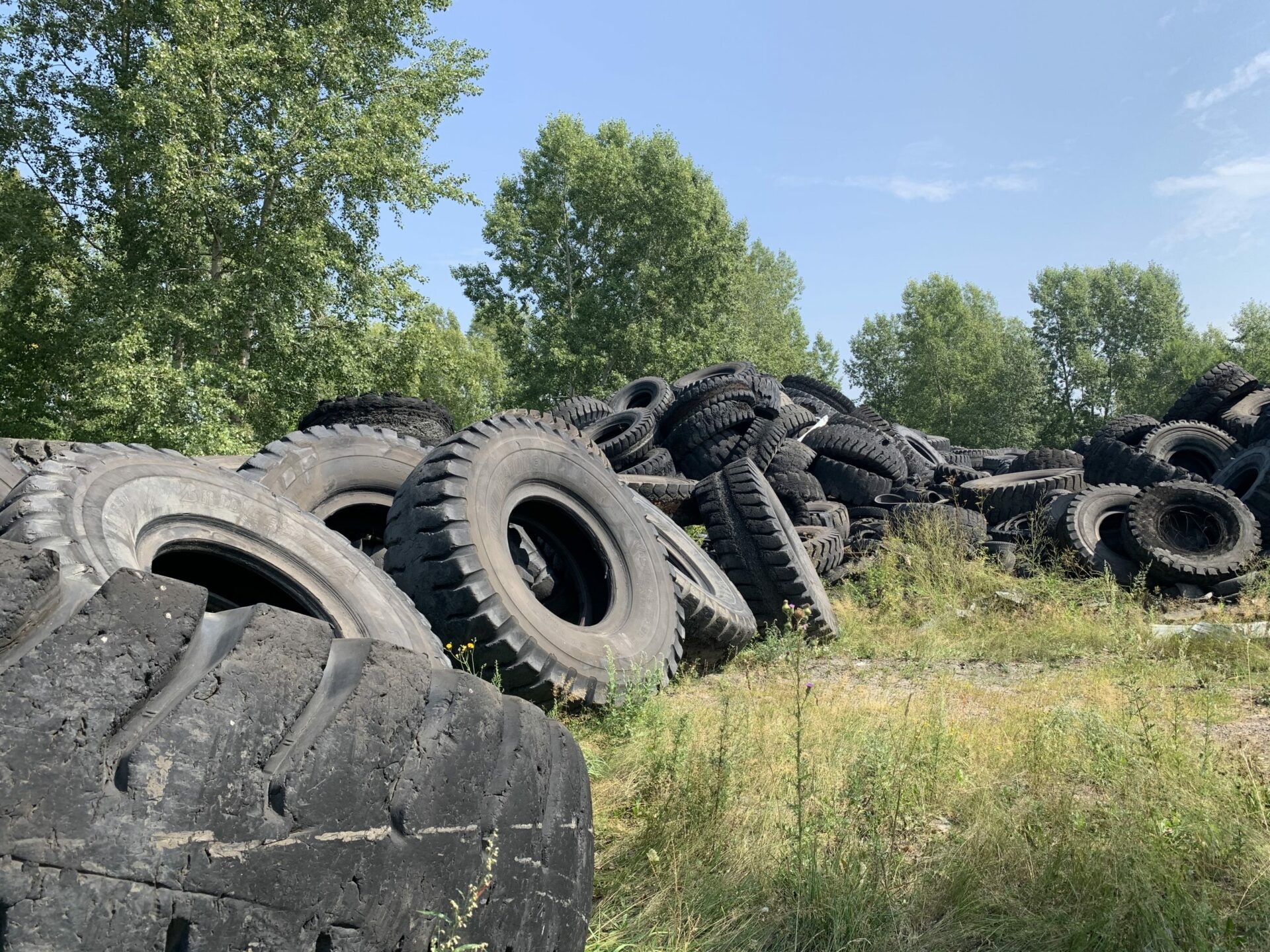 Tire recycling equipment — Tire recycling lines